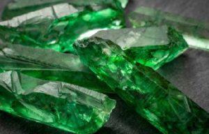 piedra esmeralda propiedades