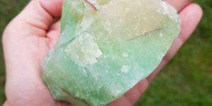 Propiedades de la calcita verde, para qué sirve y significado